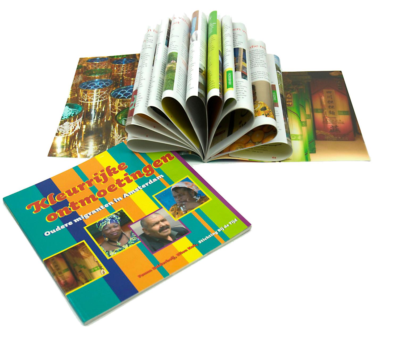 K boek - kleurrijk
