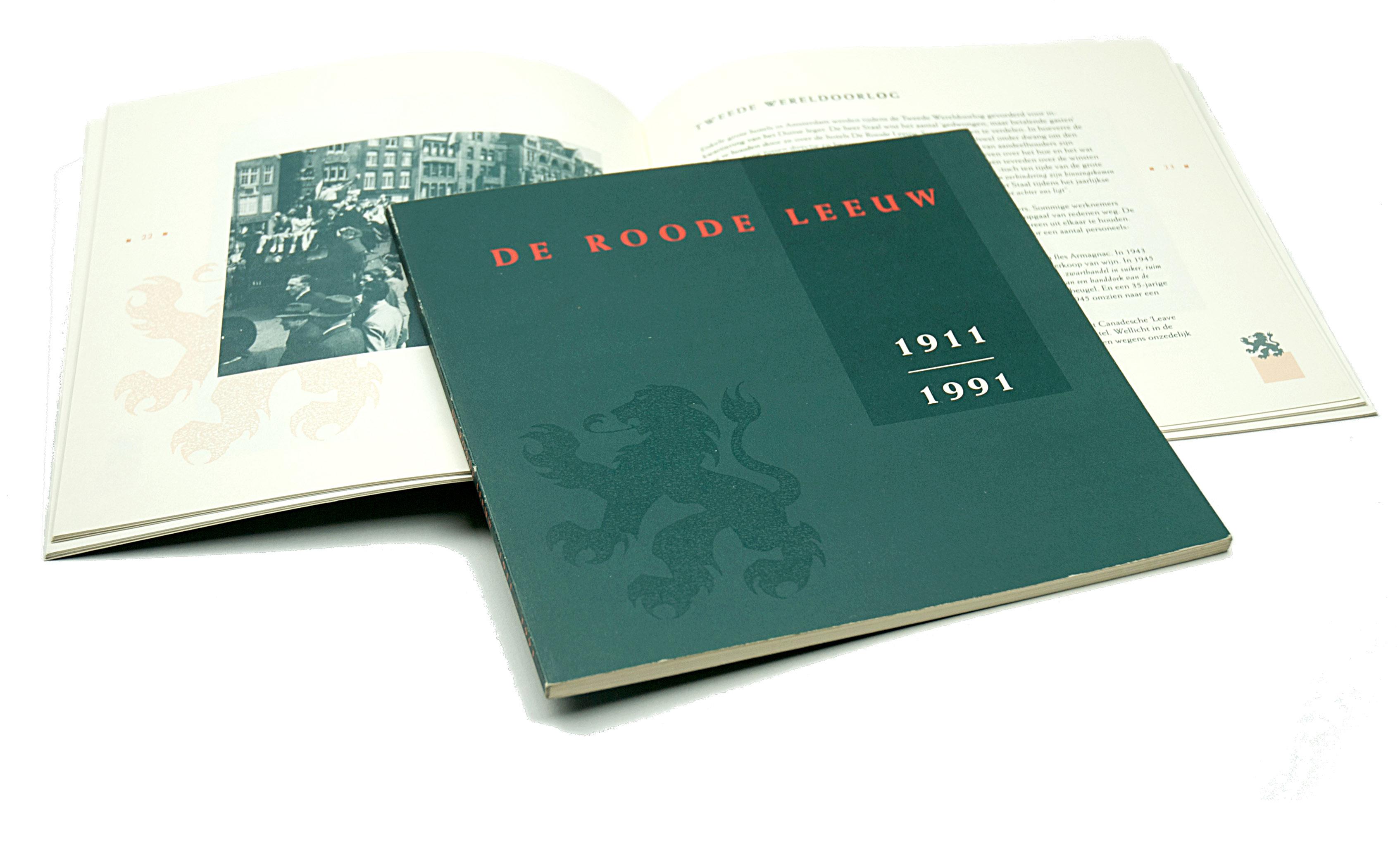 K boek rode leeuw vrij